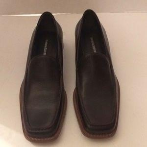 Women's brown Banana Republic loafers.